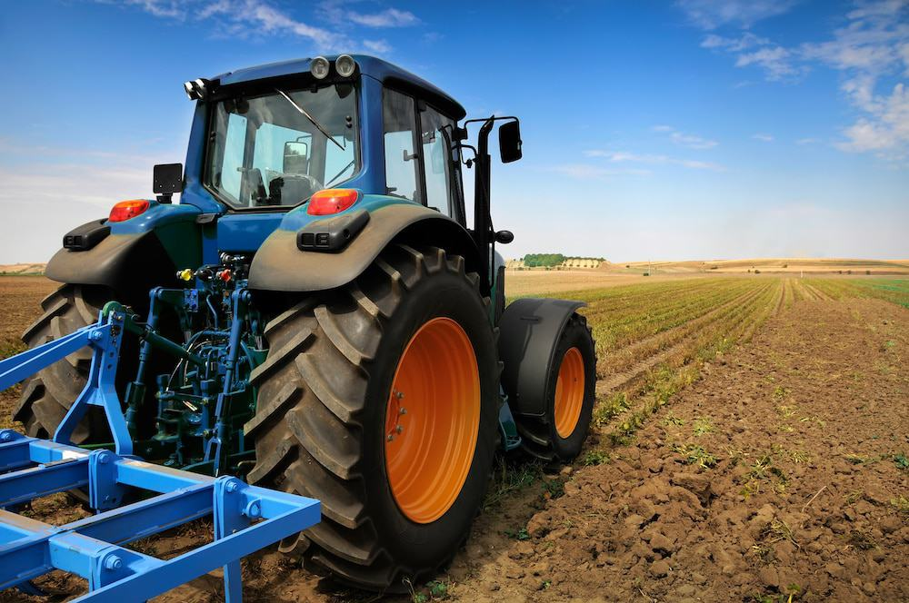 7 Reasons Why You Should Use an Electric Tractor on Your Farm